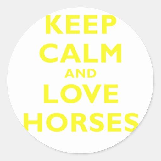 Guarde la calma y ame los caballos pegatinas redondas