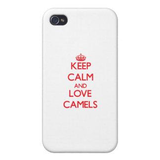 Guarde la calma y ame los camellos iPhone 4/4S carcasa