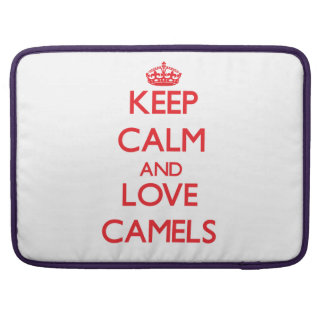 Guarde la calma y ame los camellos fundas para macbooks