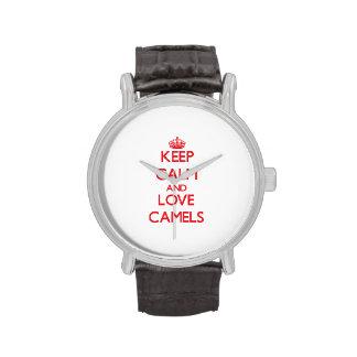 Guarde la calma y ame los camellos reloj de mano