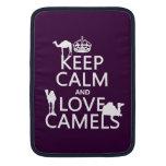 Guarde la calma y ame los camellos (todos los colo funda  MacBook