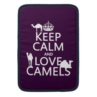 Guarde la calma y ame los camellos todos los colo funda  MacBook