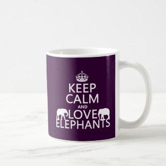 Guarde la calma y ame los elefantes cualquier col tazas de café