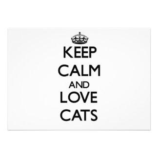 Guarde la calma y ame los gatos invitaciones personales