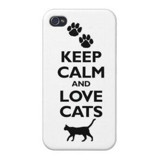Guarde la calma y ame los gatos iPhone 4 carcasas