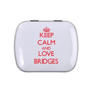 Guarde la calma y ame los puentes jarrones de caramelos