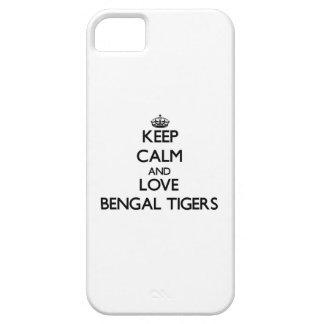 Guarde la calma y ame los tigres de Bengala iPhone 5 Carcasas
