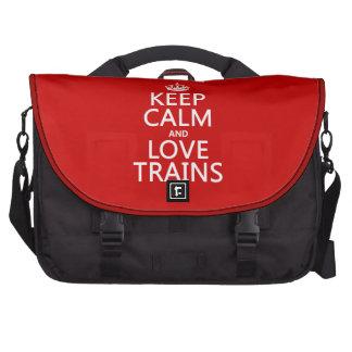 Guarde la calma y ame los trenes los colores adap bolsas de ordenador