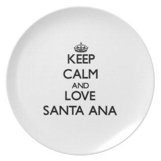 Guarde la calma y ame Santa Ana Platos