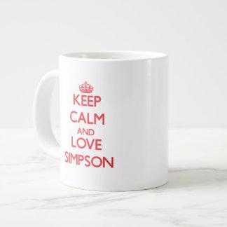 Guarde la calma y ame Simpson Taza Grande