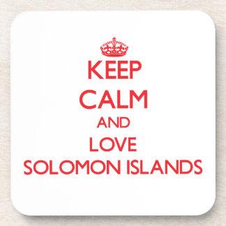 Guarde la calma y ame Solomon Island Posavasos De Bebida