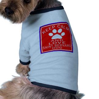 Guarde la calma y ame St Bernard Camisetas De Perro