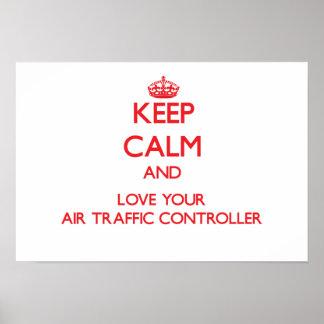 Guarde la calma y ame su controlador aéreo poster