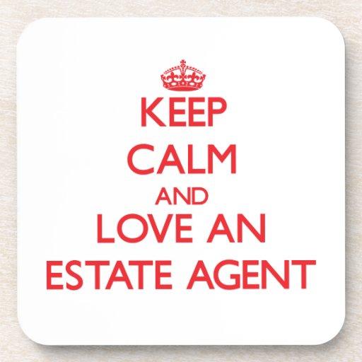 Guarde la calma y ame un agente de la propiedad in posavasos