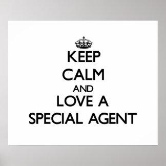 Guarde la calma y ame un agente especial poster