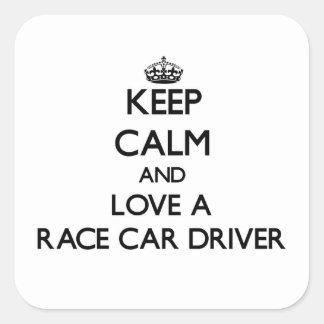 Guarde la calma y ame un conductor de coche de pegatina cuadradas
