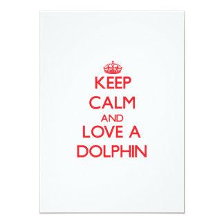 """Guarde la calma y ame un delfín invitación 5"""" x 7"""""""