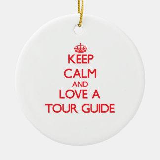 Guarde la calma y ame un guía turístico ornamento de reyes magos