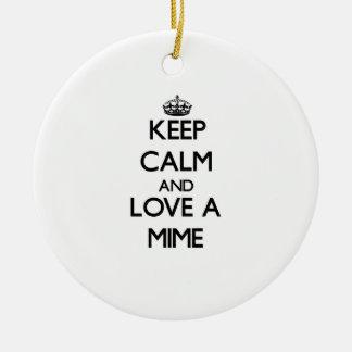 Guarde la calma y ame un Mime Ornamento Para Arbol De Navidad
