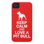 Guarde la calma y ame un pitbull - caso del iPhone Case-Mate iPhone 4 Cárcasa