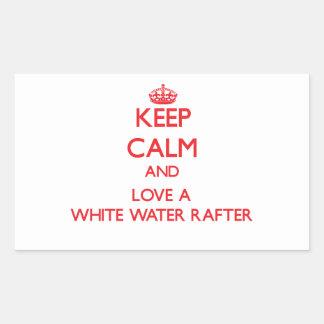 Guarde la calma y ame un viga del agua blanca rectangular pegatina
