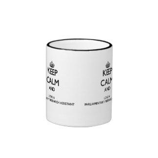 Guarde la calma y ame una ayuda parlamentaria de l taza de café