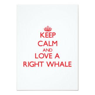 """Guarde la calma y ame una ballena derecha invitación 5"""" x 7"""""""
