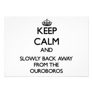 Guarde la calma y apoye lentamente lejos de Ourobo Anuncio