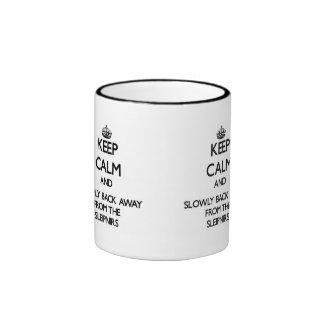Guarde la calma y apoye lentamente lejos de Sleipn Tazas De Café