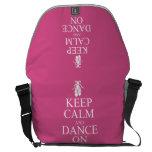 Guarde la calma y baile en rosa de los zapatos de bolsas de mensajeria