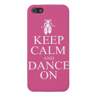 Guarde la calma y baile en rosa de los zapatos de iPhone 5 cárcasa