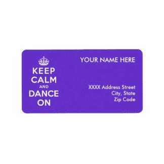 Guarde la calma y baile encendido etiquetas de dirección