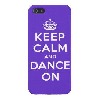 Guarde la calma y baile encendido iPhone 5 carcasas