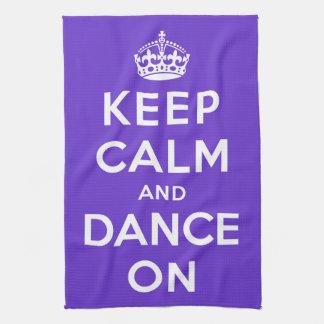 Guarde la calma y baile encendido toallas