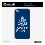 Guarde la calma y bárrala en (encrespándose) (cual calcomanías para el iPhone 4