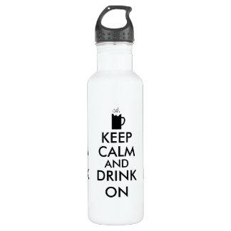 Guarde la calma y beba en amantes de la cerveza de