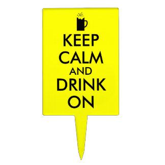 Guarde la calma y beba en amantes de la cerveza de decoración para tarta