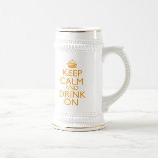 Guarde la calma y beba en la cerveza Stein Taza De Café