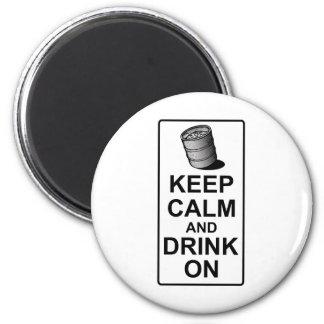 Guarde la calma y beba encendido - la parodia brit imán redondo 5 cm