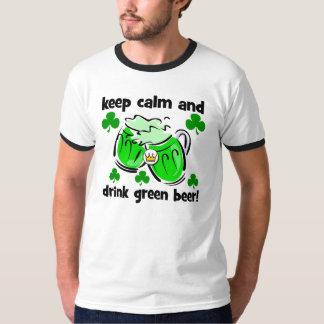 guarde la calma y beba la cerveza verde playera