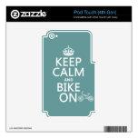Guarde la calma y Bike en (cualquier color) iPod Touch 4G Skin