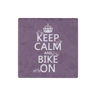 Guarde la calma y Bike en (el color adaptable) Imán De Piedra