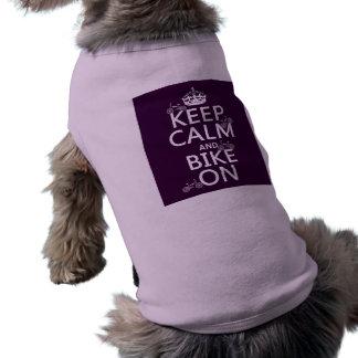 Guarde la calma y Bike en (el color adaptable) Camisas De Mascota