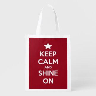 Guarde la calma y brille en el rojo personalizado bolsa para la compra