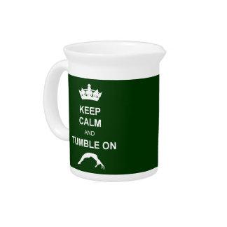 Guarde la calma y caiga jarras para bebida