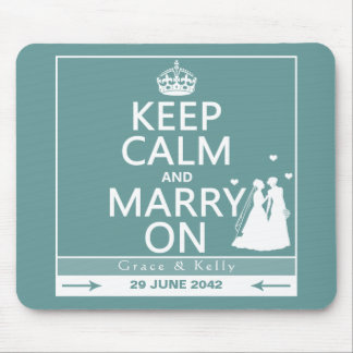 Guarde la calma y cásese en el boda lesbiano alfombrillas de ratón