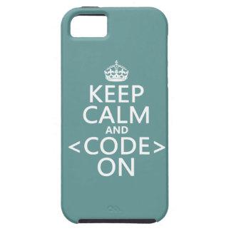 Guarde la calma y <Code> En - todos los colores iPhone 5 Funda