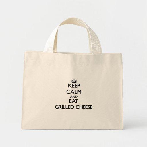 Guarde la calma y coma el queso asado a la parrill bolsas lienzo