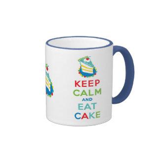 Guarde la calma y coma la torta tazas de café
