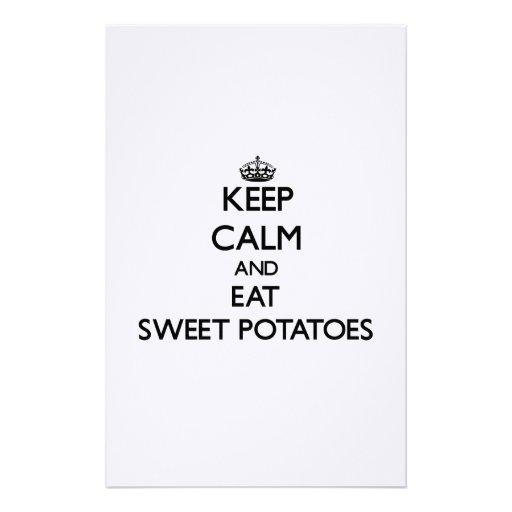 Guarde la calma y coma las patatas dulces papeleria de diseño